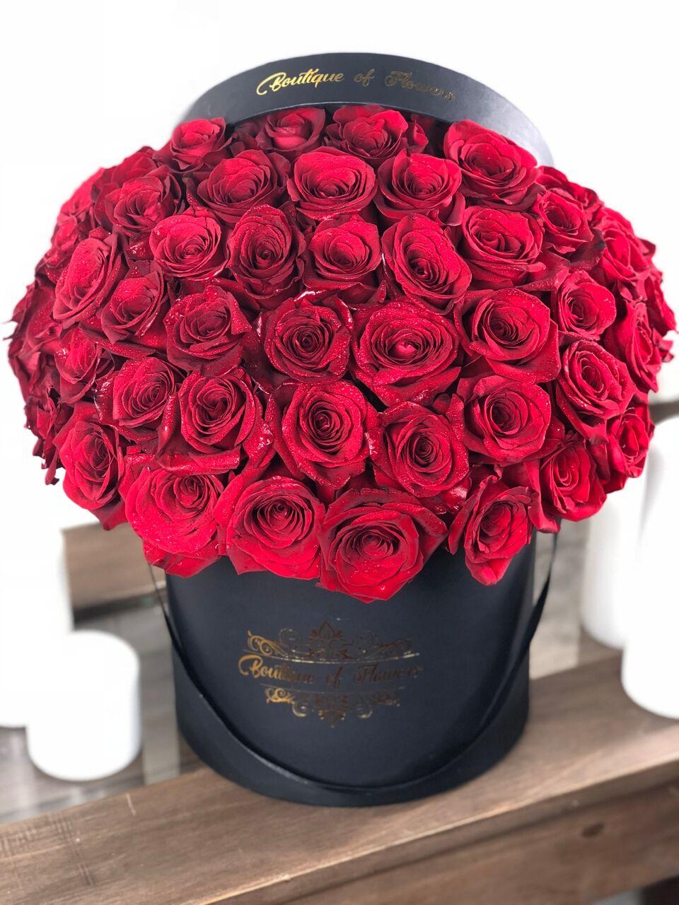 50 RED ROSE ROUND BOX
